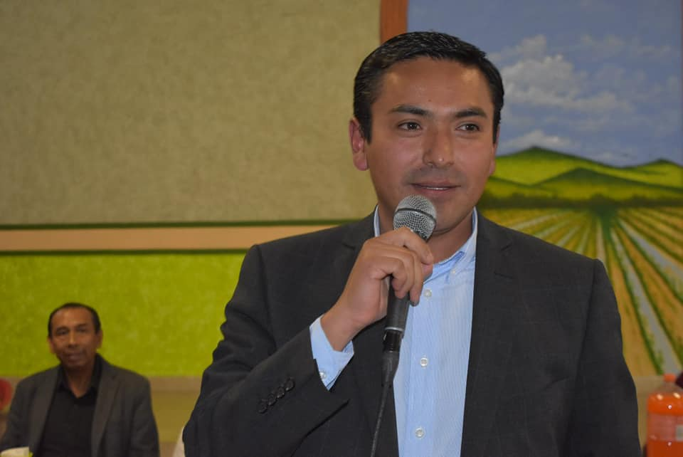 CONVIVE AMARILDO BÁRCENAS CON SINDICALIZADOS