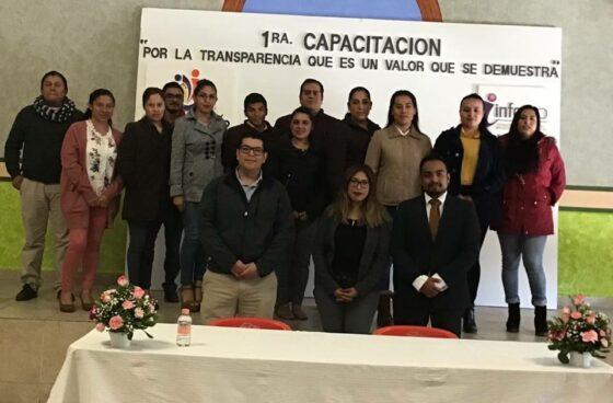 CONTINÚA LA ENTREGA DE APOYOS SOCIALES EN COMUNIDADES DE PEDRO ESCOBEDO