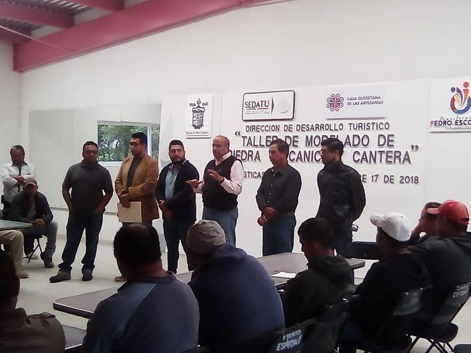 REALIZAN TALLER DE MODELADO DE PIEDRA VOLCANICA Y CÁNTERA