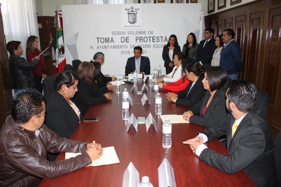 RINDE PROTESTA AMARILDO BÁRCENAS COMO PRESIDENTE MUNICIPAL